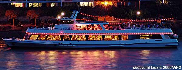 Hochzeitsfeiern Schiff Mieten Hochzeiten Schiffshochzeit Feuerwerk